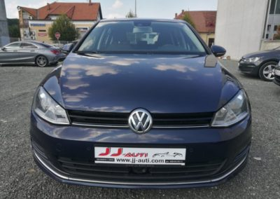 VW Golf VII 1,6 TDI BMT DSG Highline (2)