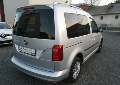 VW Caddy 2,0 TDI Comfortline N-1 (8)