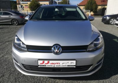 VW Golf VII 1,6 TDI BMT HIGHLINE (2)