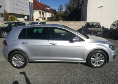 VW Golf VII 1,6 TDI BMT HIGHLINE (4)