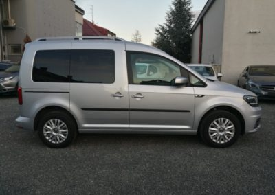 VW Caddy 2,0 TDI Comfortline N-1 (4)
